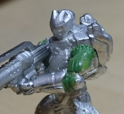 orc_hmg_left_arm_green_01