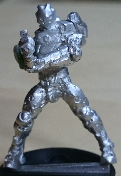 orc_hmg_left_arm_pinned_02